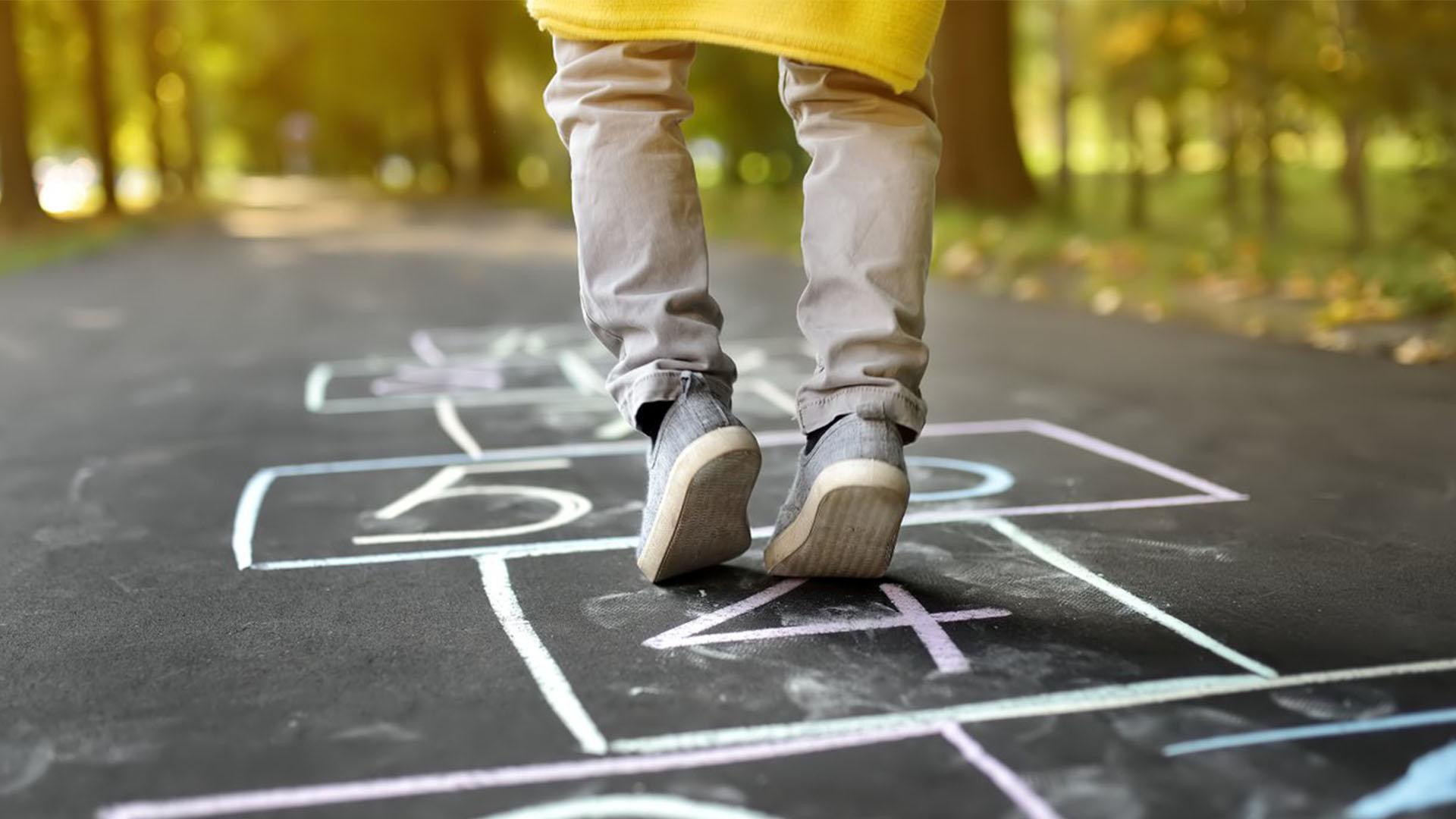 معرفی 8 بازی محلی و تعیین گروه هدف و کاربرد آموزشی
