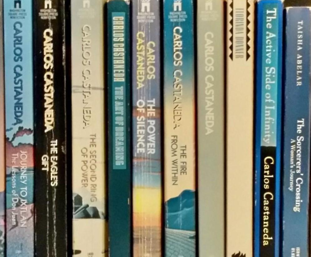 فروشگاه کتابهای ناوالگرایی و تولتک